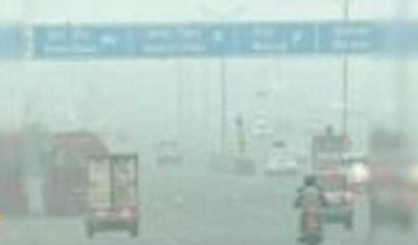 Delhi records minimum temp of 7.4 degrees C