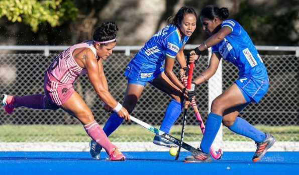 Indian women's hockey team lose 1-2 to Argentina 'B'