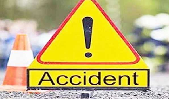Three Tourist die in road mishap at Narkanda