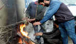 Kashmir continues to reel under bitter cold spell; Srinagar shivers at minus 7 degree