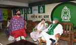 Lalu invites Tej Pratap at his residence under damage control exercise to check power tussle in his family
