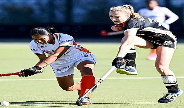 Indian women's hockey team lose to Germany 0-2