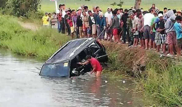 Car accident in northern Philippines leaves 13 killed