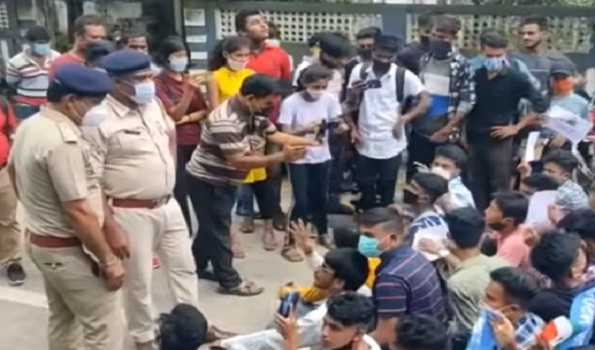 Police action on minor students in Tripura: Movement seeking 100pc pass gains ground