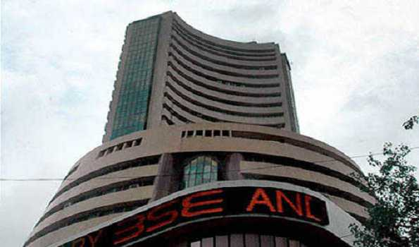 Stock markets open in red after long weekend