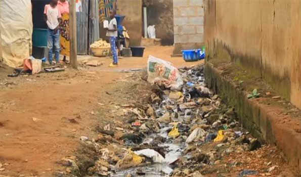 At least 100 people die of cholera in Nigeria's central state