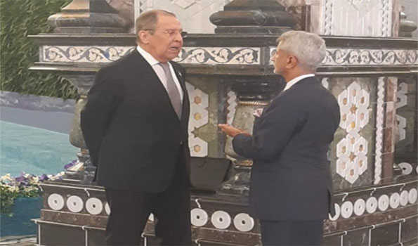 EAM Jaishankar discusses Afghanistan with Russian FM Lavrov in Dushanbe